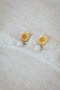 JOSIE FLOWER PEARL EARRINGS