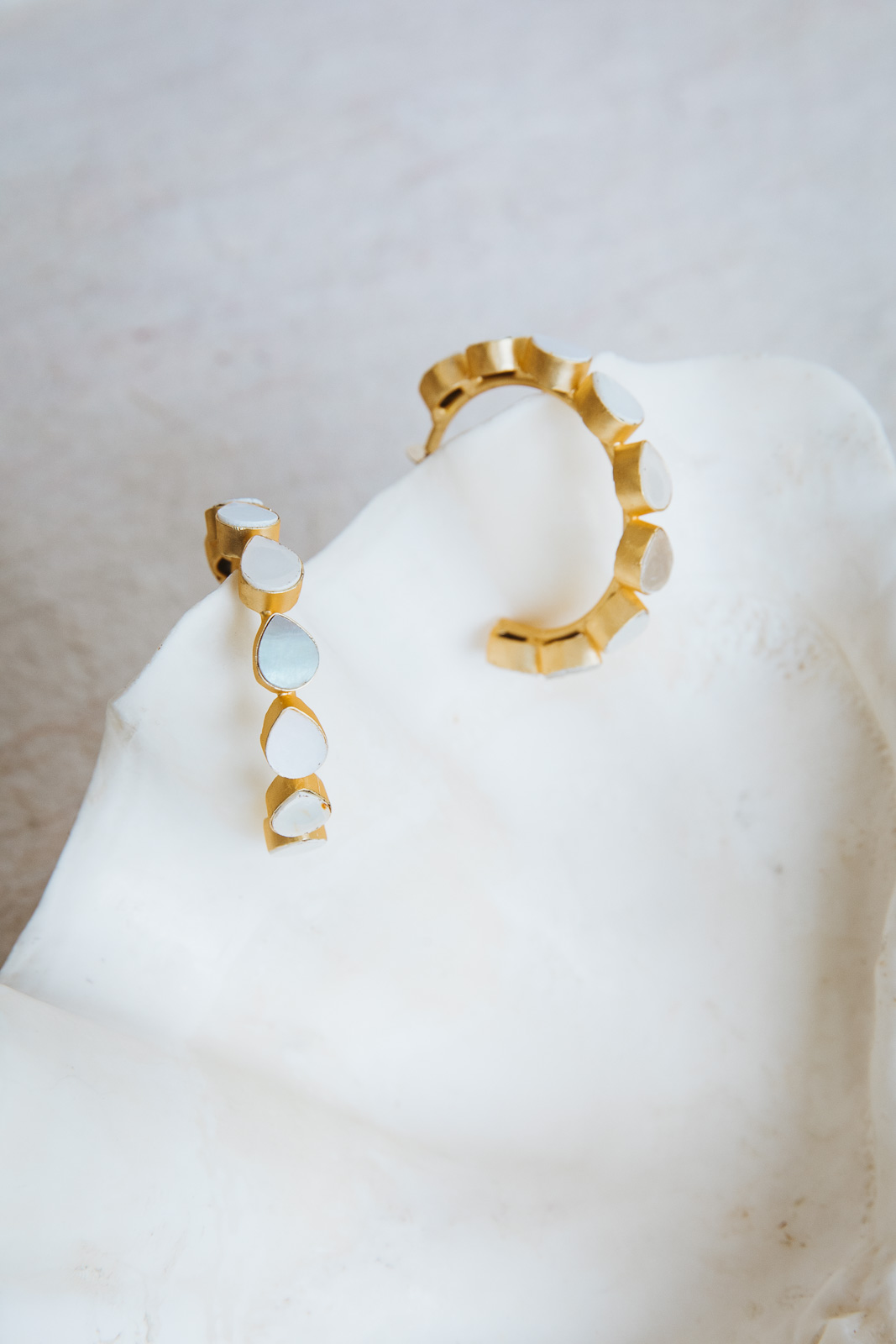 TEAR DROP INLAY HOOP EARRINGS