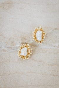 RHEA PEARL EARRINGS