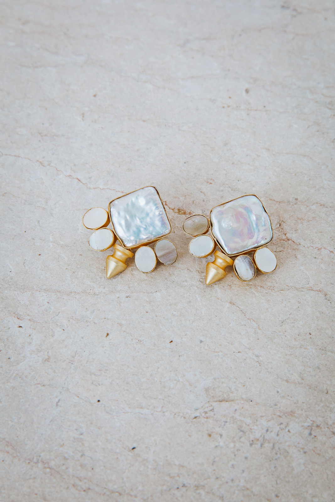DIAMOND NIGHT PEARL EARRINGS