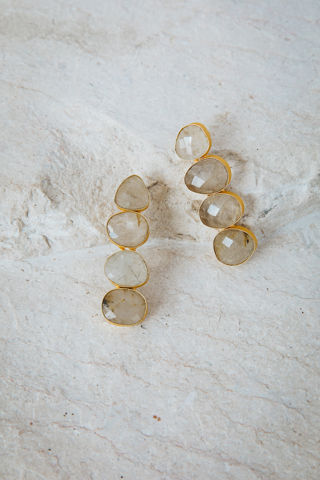 CLEAR QUARTZ PEBBLE EARRINGS