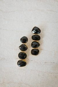 BLACK PEBBLE EARRINGS