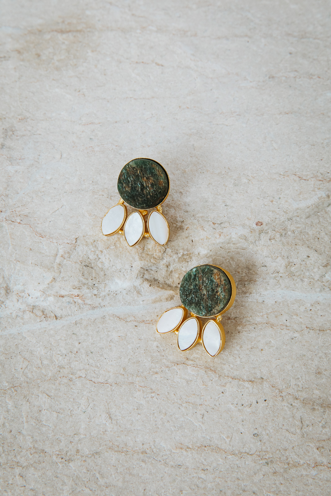 MINI DEEP EMERALD GREEN WITH MOTHER OF PEARL EARRINGS