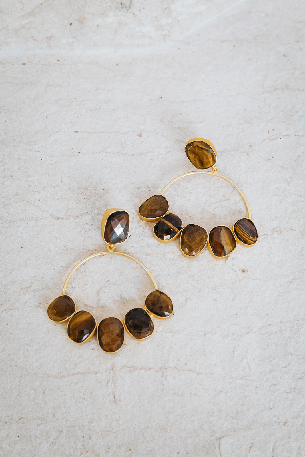 ROUND HAZEL STONE EARRINGS