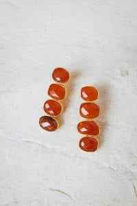 AMBER PEBBLE STONE EARRINGS